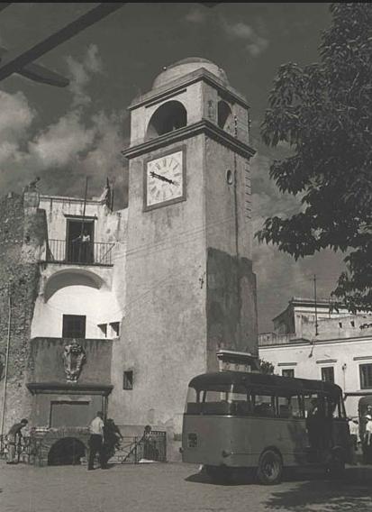 campanile-capri-antico