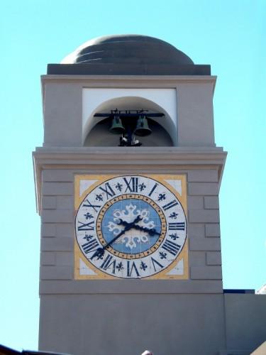 torre-orologio-piazzetta-capri